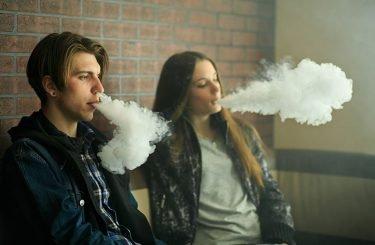 juul_ecigarette_addiction_minors